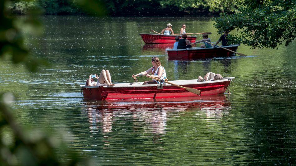 Ruderboote in Berlin: Sind die Steine aus dem Boot, sinkt der Wasserpegel