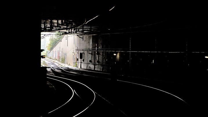 Berliner Hauptbahnhof: Brandsätze im Tunnel