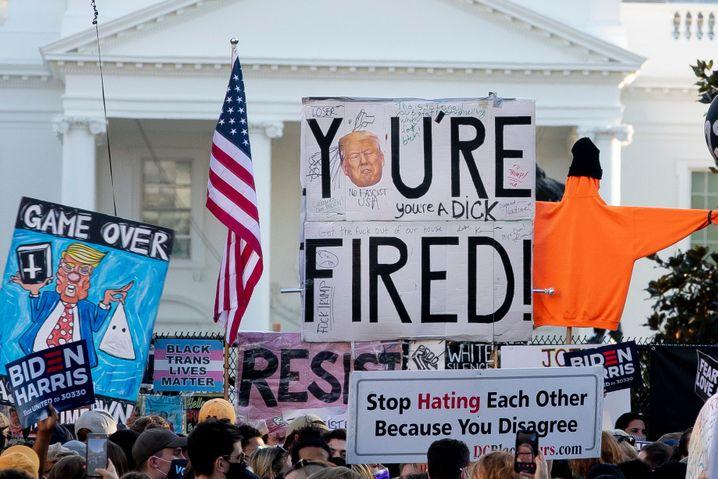 """""""You're fired!"""": Siegesfeier vor dem Weißen Haus in Washington"""