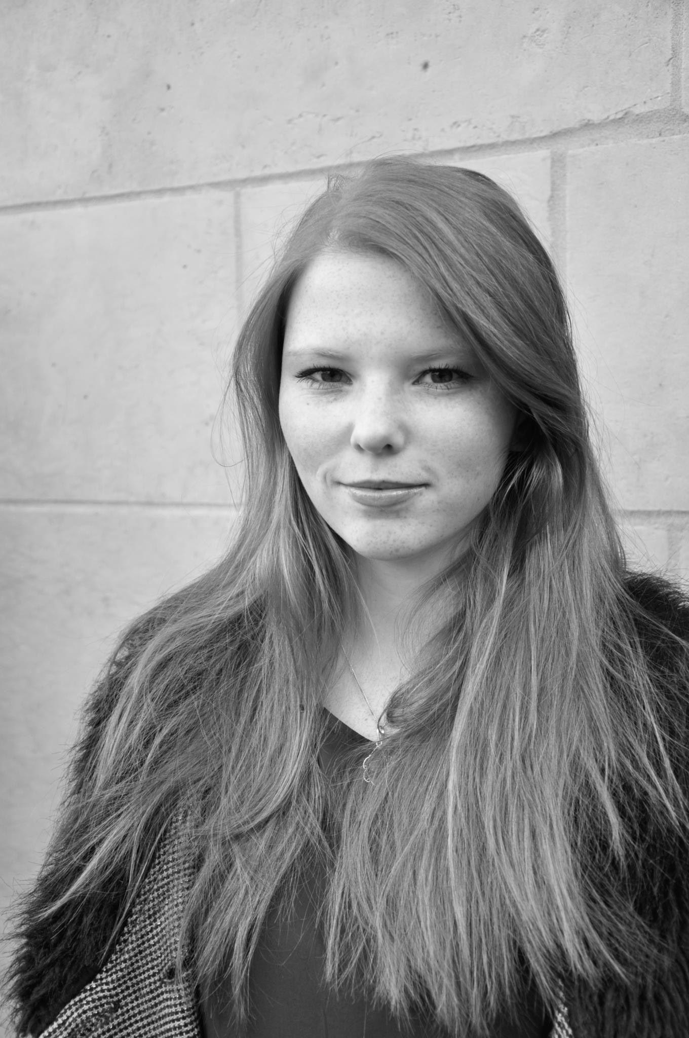 EINMALIGE VERWENDUNG Stella Brikley