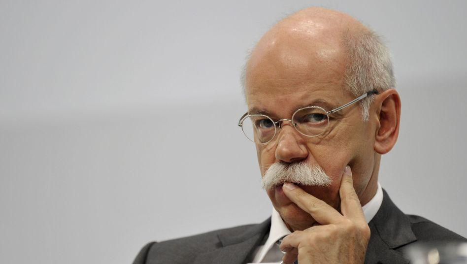 Daimler-Chef Zetsche bei der Bilanz-PK: Boss auf Bewährung