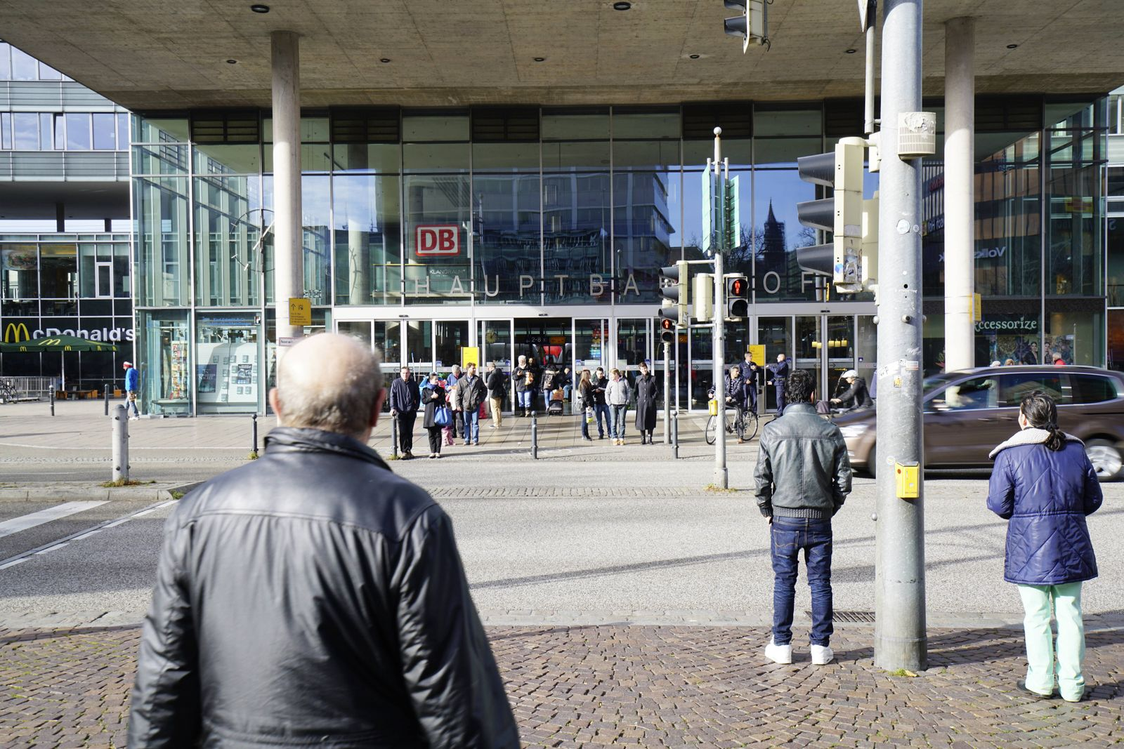 EINMALIGE VERWENDUNG Freiburg Hauptbahnhof
