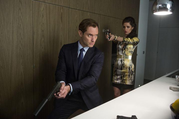 Hochkarätige Besetzung in den Nebenrollen: Jude Law und Rose Byrne