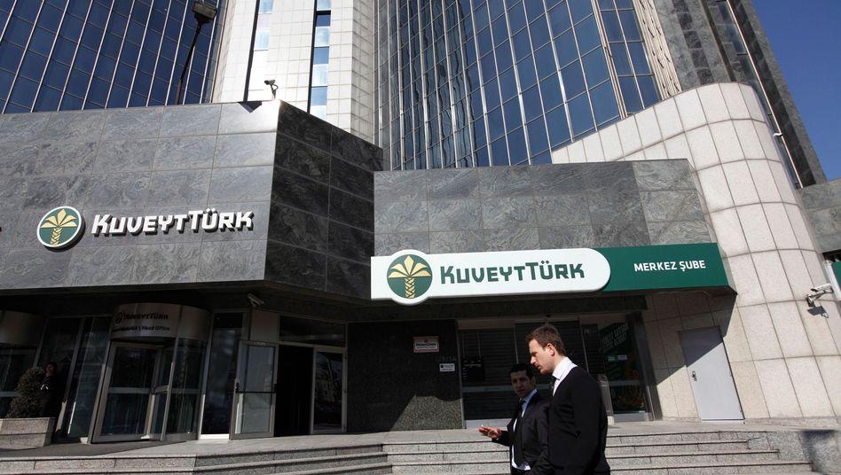 Kuveyt Türk Zentrale in Istanbul: Zulassung in Deutschland beantragt