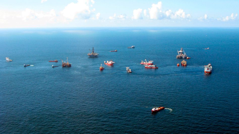 Arbeiten im Golf von Mexiko (21. August): Bakterien verzehren Öl überraschend schnell