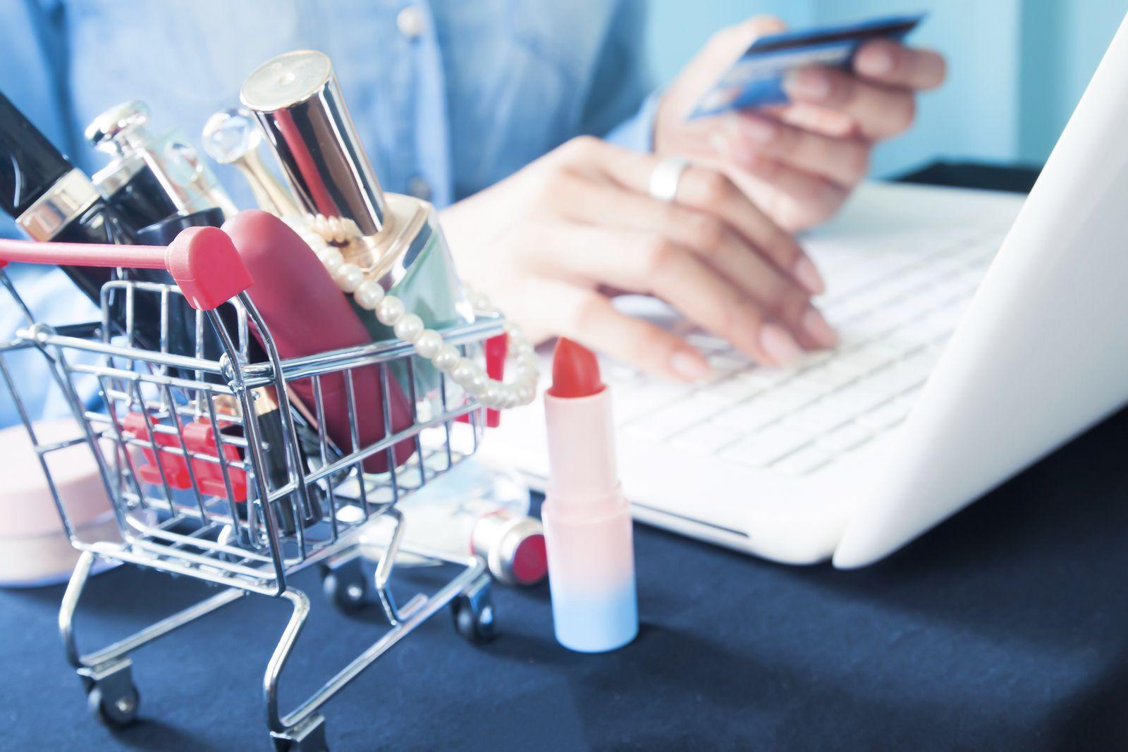 EINMALIGE VERWENDUNG Online Shopping Kosmetik