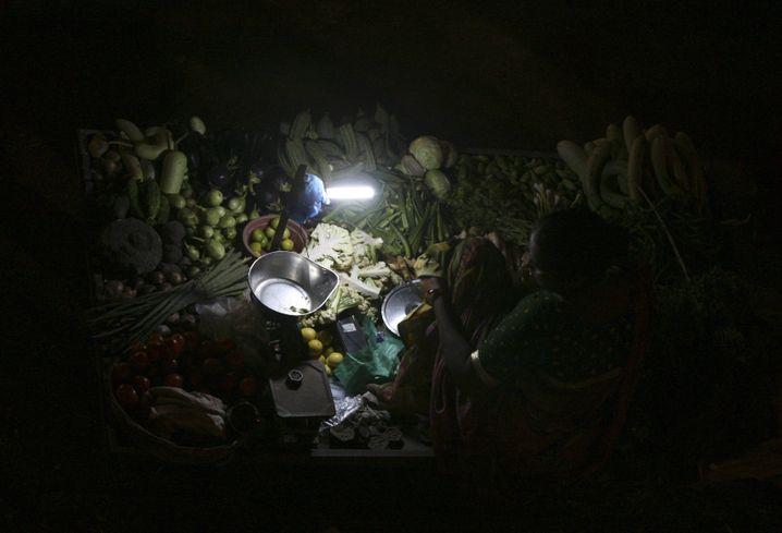 Solarlampen in Indien: Versorgung mit erneuerbaren Energien steigt