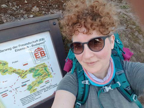 Die Autorin beim Start an der Wartburg
