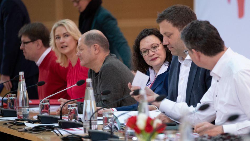 Ralf Stegner, Manuela Schwesig, Olaf Scholz, Andrea Nahles und Lars Klingbeil in Berlin