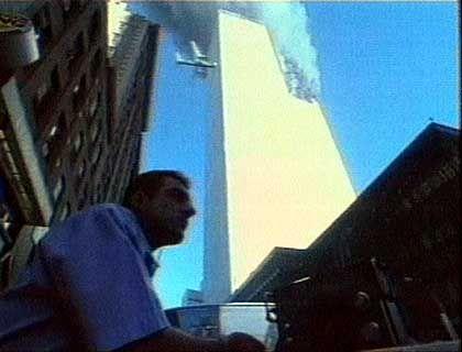 Das zweite Flugzeug rast in das World Trade Center in New York