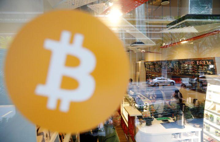 Café in Singapur, in dem mit Bitcoin bezahlt werden kann