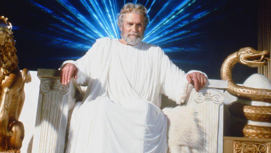 Allmächtige Vaterfigur mit potenziell harter Hand: Die westlich-christliche Gottesvorstellung ist stark vom griechischen Zeus geprägt