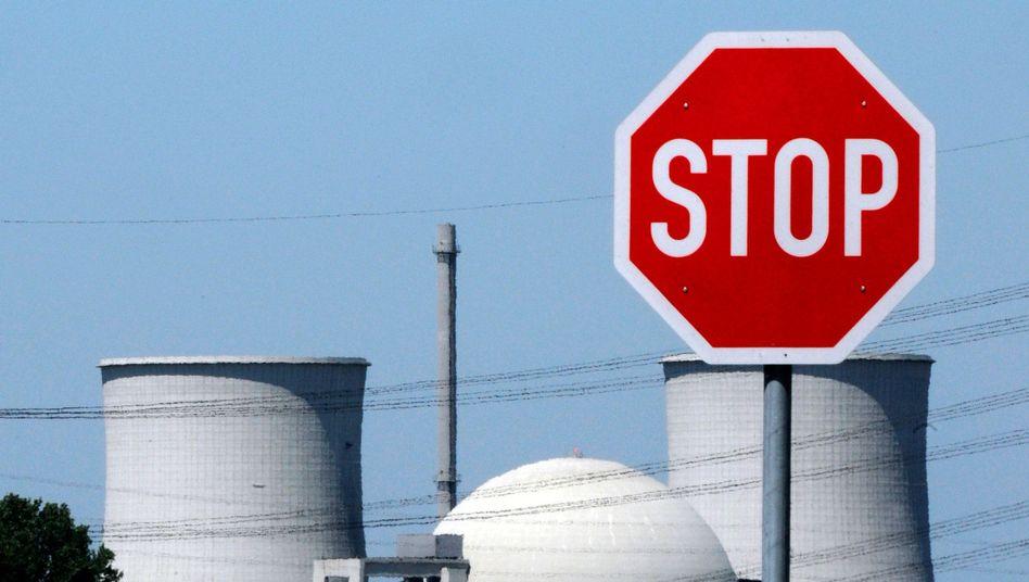 Soll abgerissen werden: Das Atomkraftwerk Biblis in Hessen