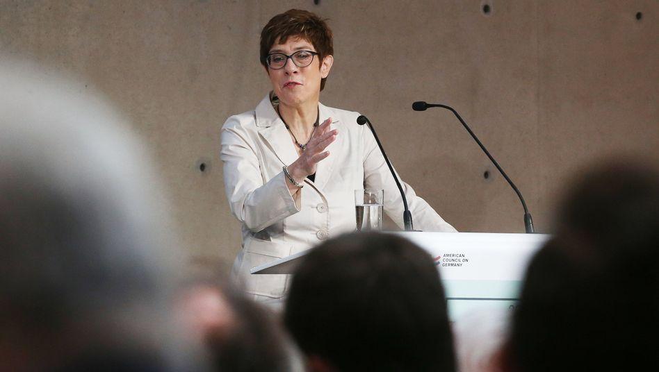 """Annegret Kramp-Karrenbauer: """"...dass wir gut überzeugen können"""""""