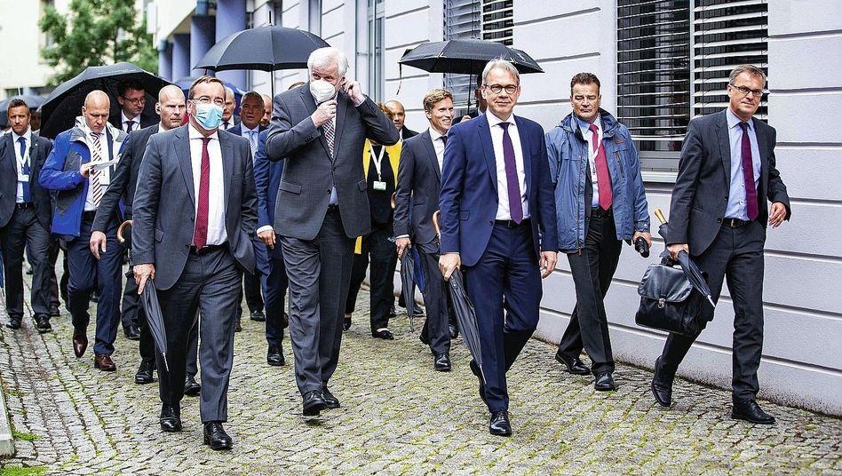 Innenminister von Bund und Ländern in Erfurt im Juni: Wettbewerb mit den Nachbarn