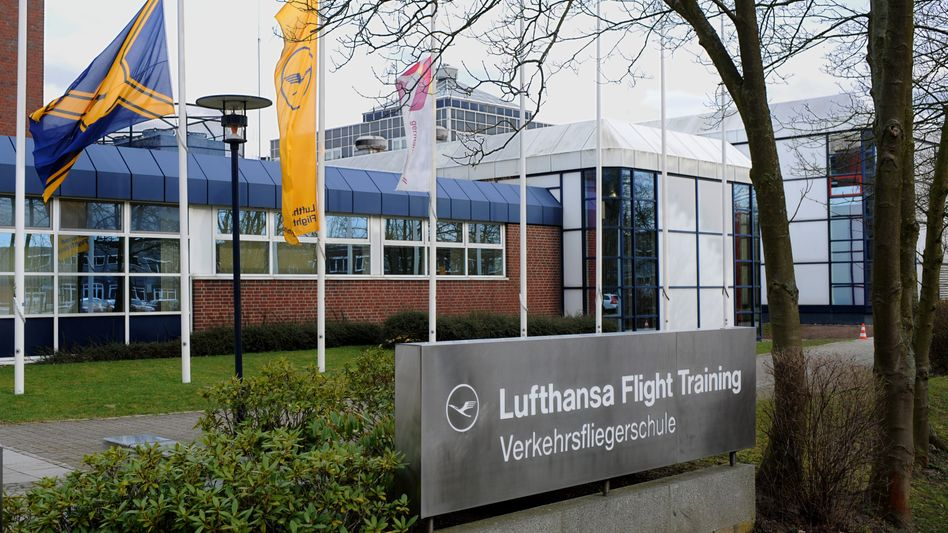 Germanwings-Absturz: Co-Pilotinformierte Lufthansa 2009 über Depressionen