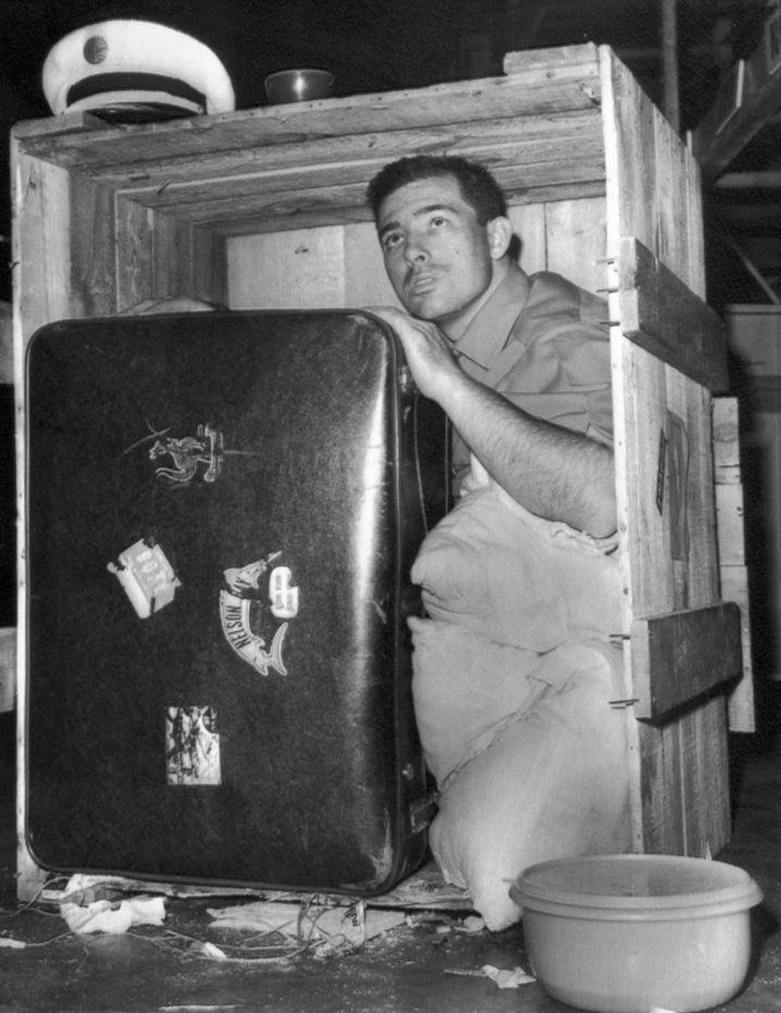 Robsons Kiste: Klar, da ist noch Platz für einen Riesenkoffer