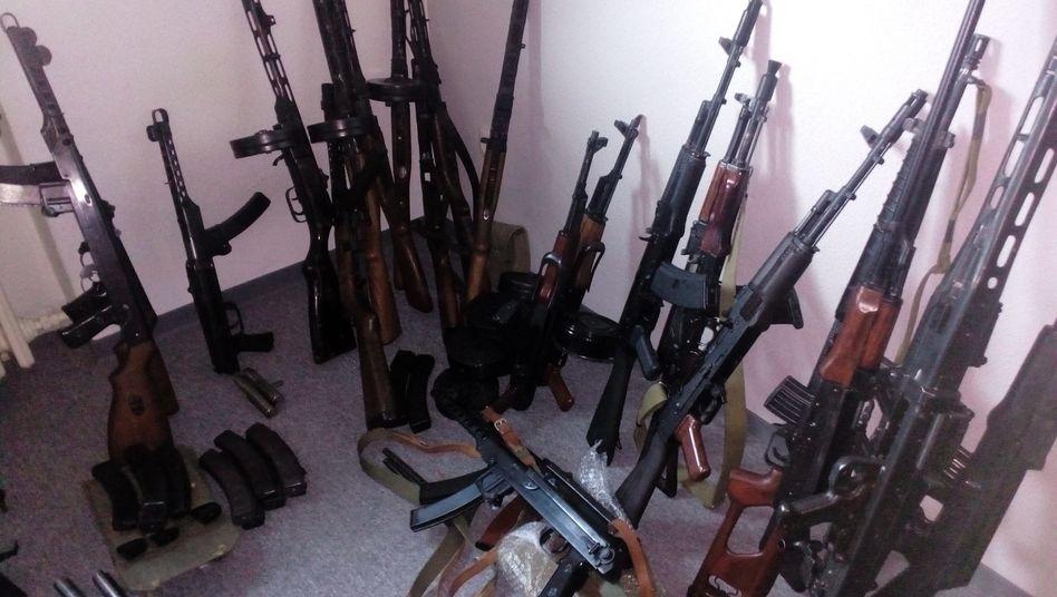 Konfiszierte Waffen: Polizei Aachen richtet Ermittlungsgruppe ein