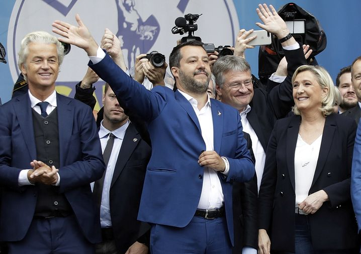 Italian Interior Minister Salvini hosted a right-wing populist gathering in Milan last week. He is joined on stage by Geert Wilders of Holland, Jörg Meuthen of Germany and Marine Le Pen of France.
