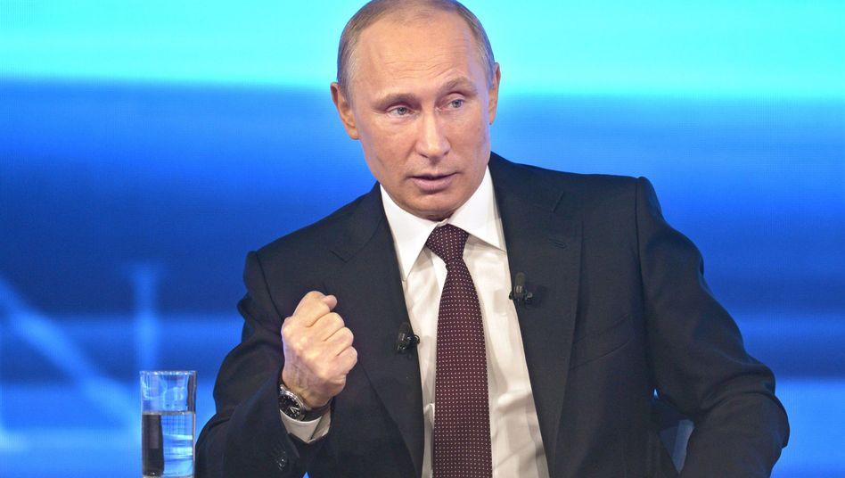 Putin bei einem Fernsehauftritt: Kritik am Internet