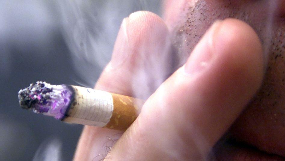 Schädliche Sucht: 34 Prozent der 18- bis 64-jährigen Männer sind Raucher