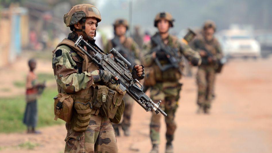 Französische Soldaten in Bangiu: EU-Mandat für neun Monate