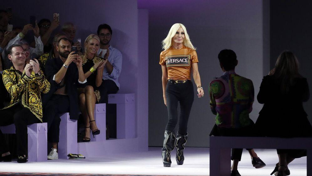 Fotostrecke: Michael Kors kauft legendäres Modehaus Versace