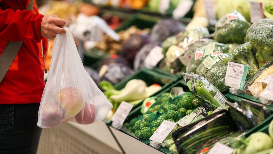 Supermarkt in Leipzig (Symbolbild): Lebensmittel sind erneut teurer geworden