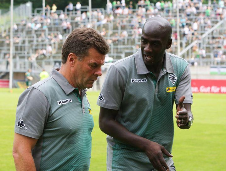 Auch schon in Gladbach arbeitete Addo dem Cheftrainer zu: damals Dieter Hecking