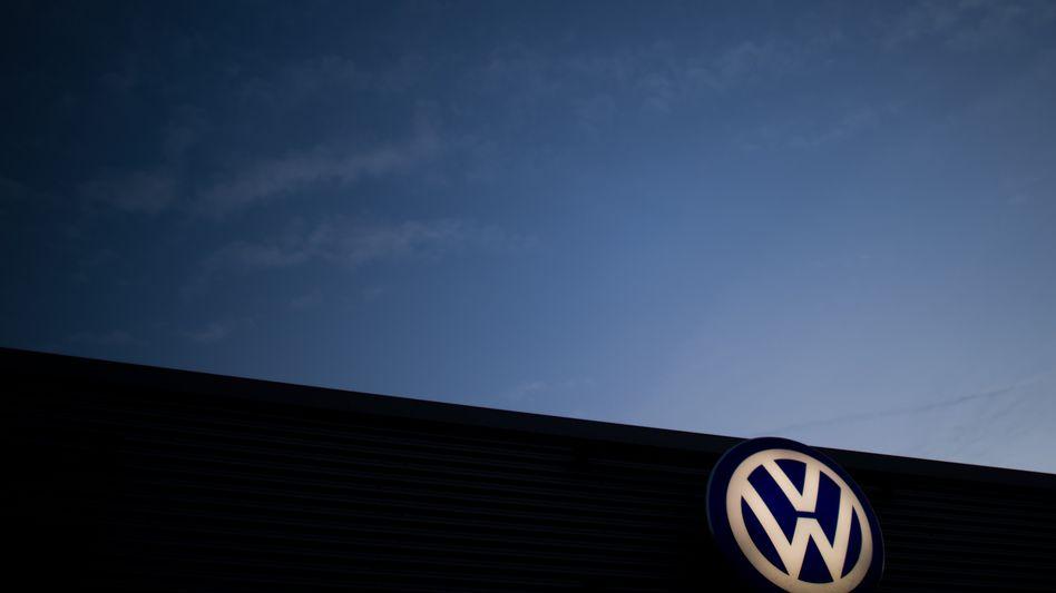VW-Logo in Hannover: Eine Art Kohlepfennig für eine Industrie ohne Perspektive
