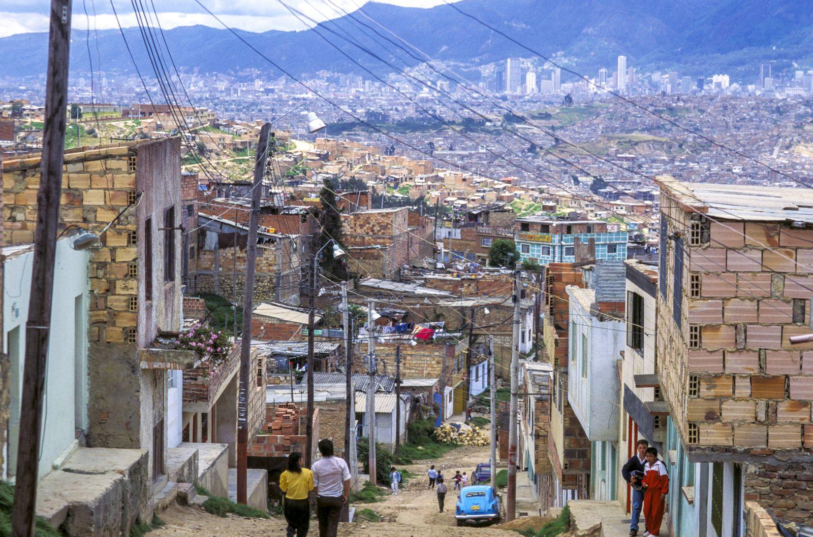 armes Stadtviertel Kolumbien Bogota *** poor neighborhood Colombia Bogota Copyright xSIMIx ALLWS6