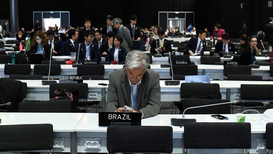 """Abschluss-Plenum der Klimakonferenz in Madrid: """"Ruhmloses Ende"""""""