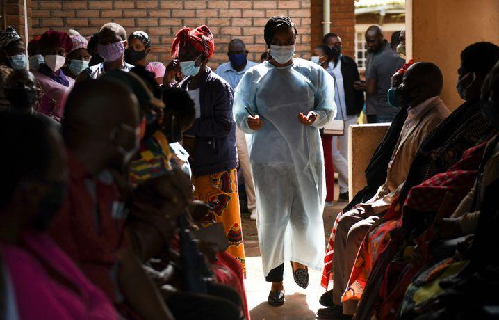 Ein Impfzentrum in Malawi: Die Impfkampagne geht nur schleppend voran