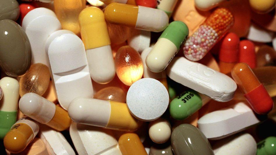 Medikamente: Bei neuen Arzneien legen die Pharmafirmen den Preis ohne Kontrolle fest