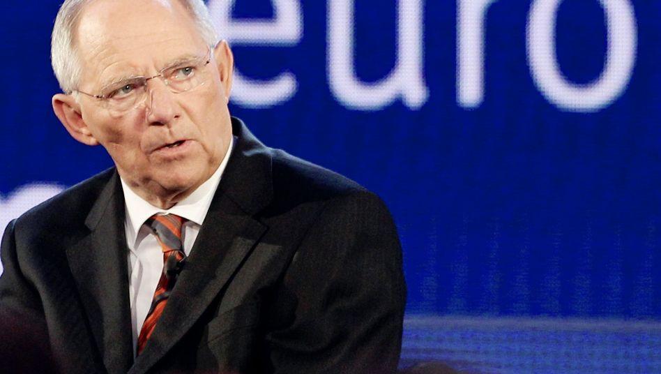 Finanzminister Schäuble: Drängt auf Finanzmarktsteuer im kleinen Rahmen