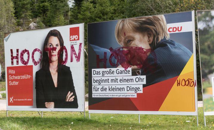 Hooton-Schriftzug auf Plakaten von SPD und CDU