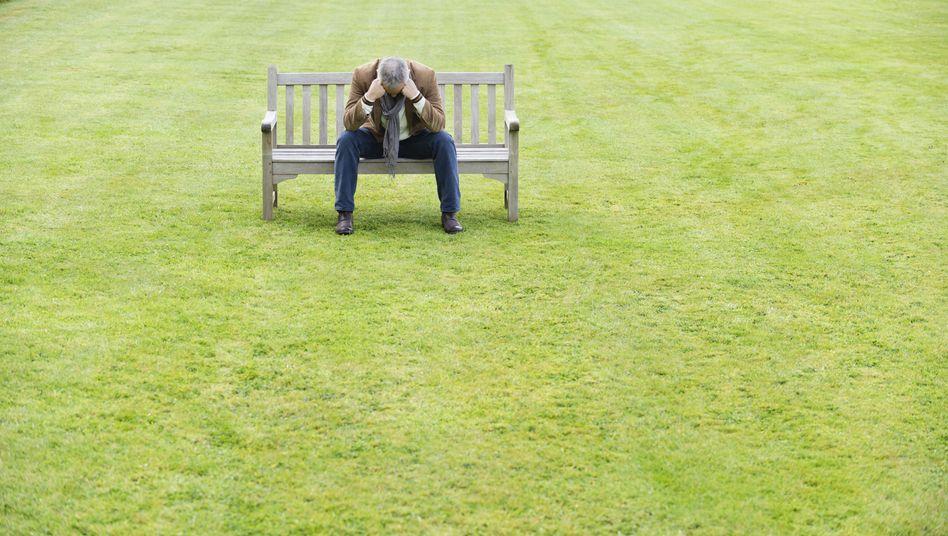 Nicht den Kopf hängen lassen: Mit dem Alter wird auch die Stimmung wieder besser