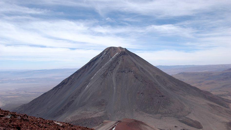 Vulkan Licancabur in den bolivianischen Anden (Archiv): Extreme Strahlung in 5900 Metern Höhe
