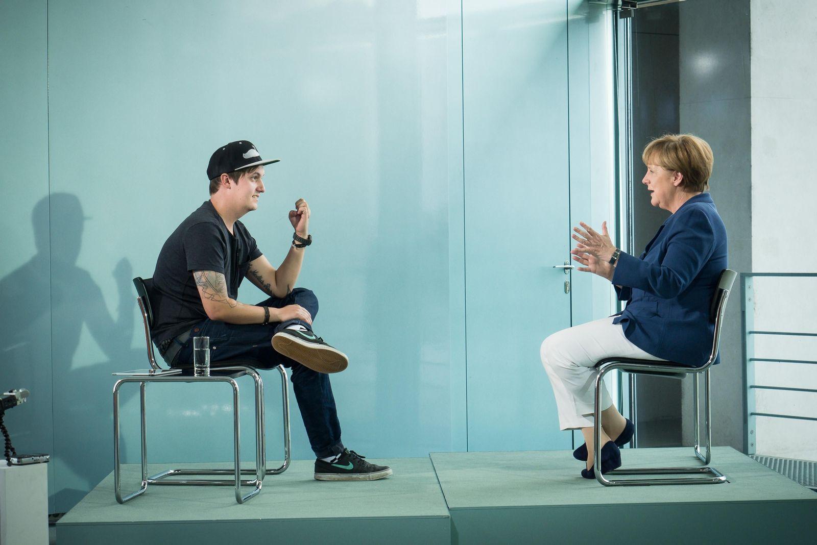 EINMALIGE VERWENDUNG Merkel/ LeFloid