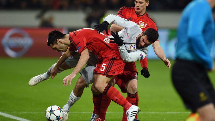 Leverkusens Sieg gegen Atlético: Leno rettet, Calhanoglu trifft