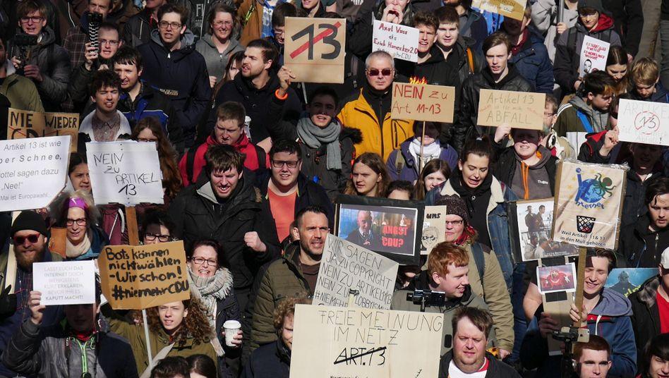 Der Protest gegen Uploadfilter zog im Frühjahr 2019 Zehntausende zu Protesten auf die Straße