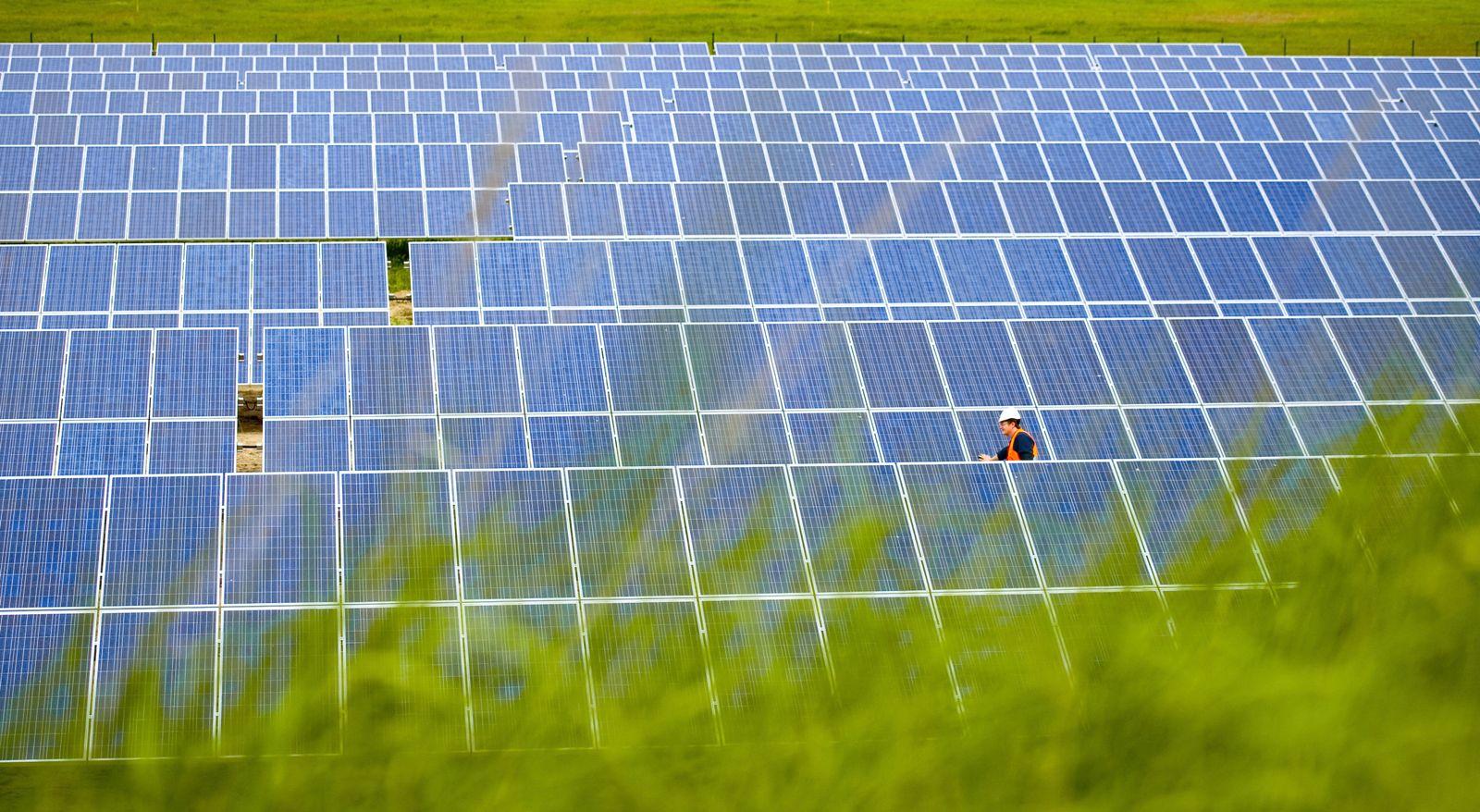 Weltklimarat präsentiert Energiebericht Solarzellen