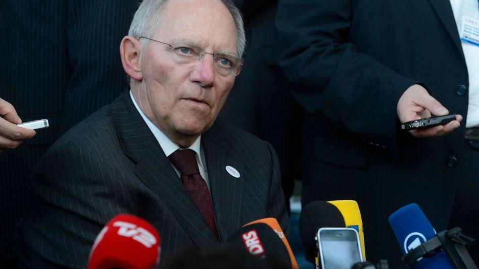 Finanzminister Schäuble: Harsche Kritik aus der SPD