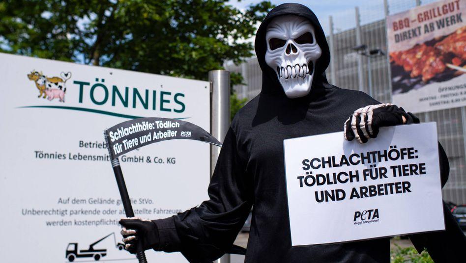 Protest von Tierschützern in Rheda-Wiedenbrück, 19. Juni 2020
