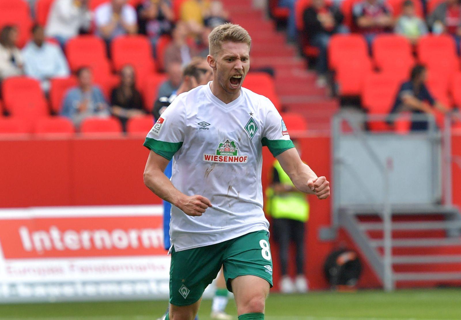 11.09.2021, xblx, Fussball 2.Bundesliga, FC Ingolstadt - SV Werder Bremen emspor, v.l. Mitchell Weiser (SV Werder Breme
