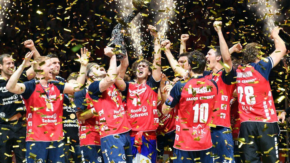 Handballer der SG Flensburg-Handewitt: Jubel über CL-Triumph