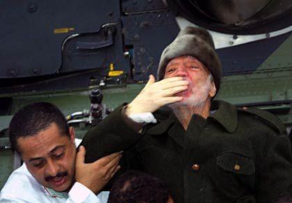 Arafat, Sanitäter: Gebaren eines Großwesirs