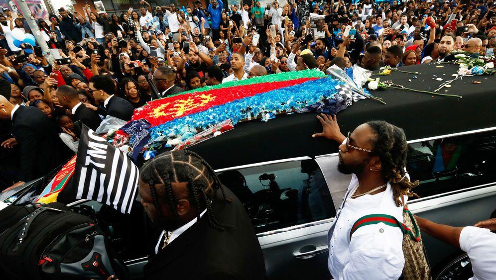 Nipsey Hussle: Große Trauerfeier im Staples Center