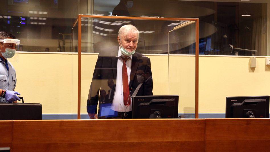 Ratko Mladic vor dem Tribunal in Den Haag