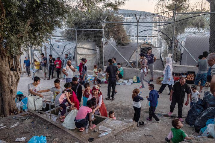 Soll bald zum geschlossenen Camp werden: Das Flüchtlingslager Moria auf Lesbos